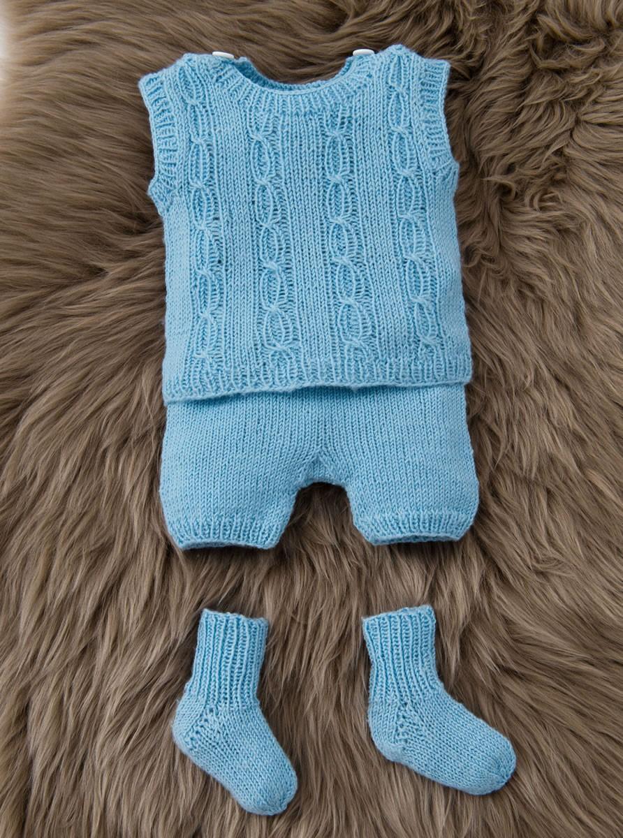 Lana Grossa JAKKE, SLIPOVER, BUKSER OG STRØMPER Cool Wool Baby
