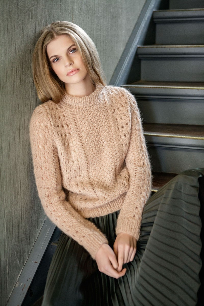 Lana Grossa SWEATER MED BØLGEMØSTER OG DOBBELT PERLESTRIK Mohairnuovo